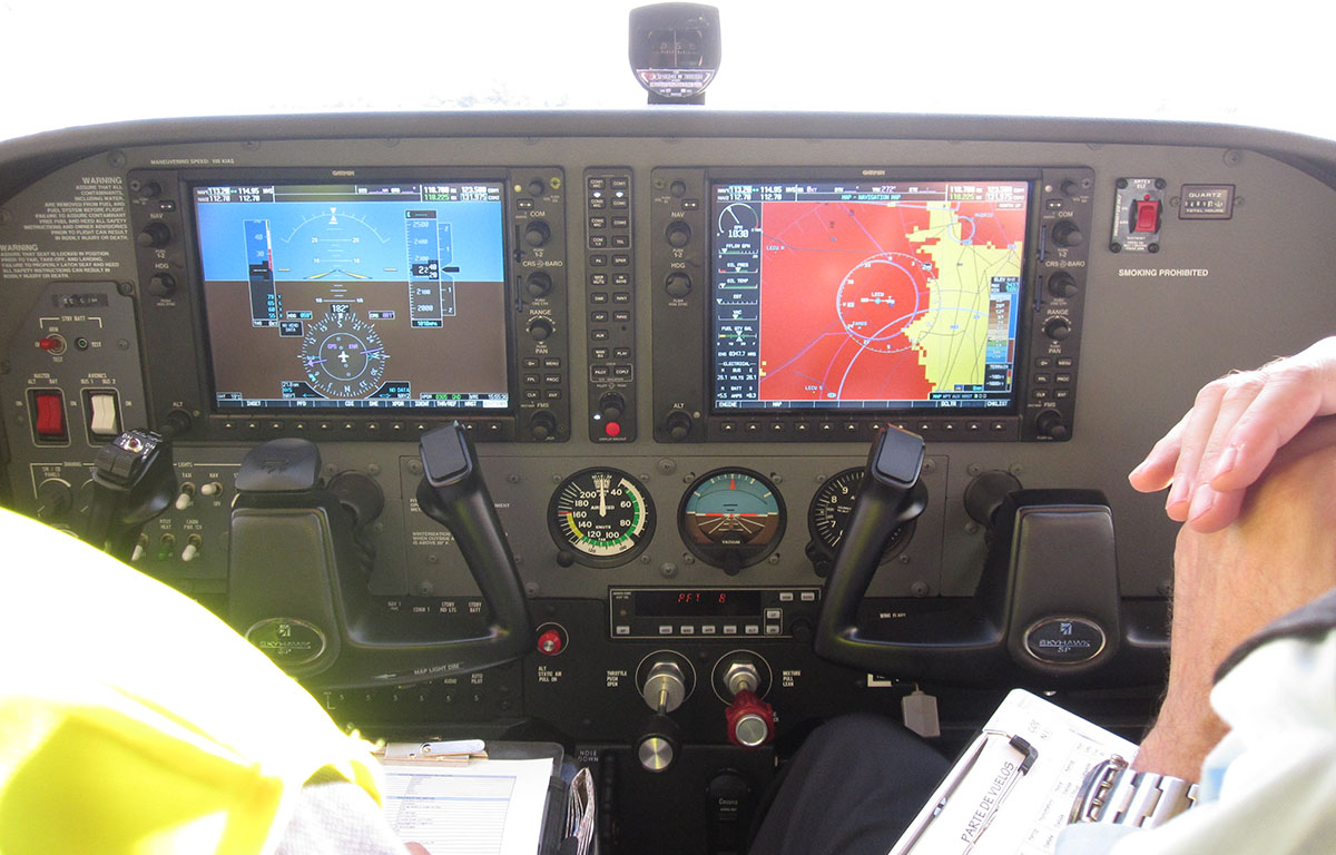 cessna Fly and Fun G1000 cockpit